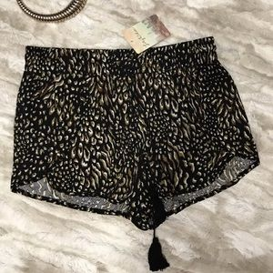 Lily White juniors leopard pattern shorts